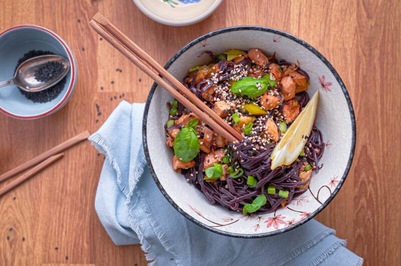 Salmon and peas Stir fry rice noodles