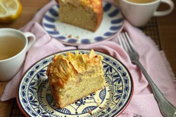Gluten free apple sponge cake parts
